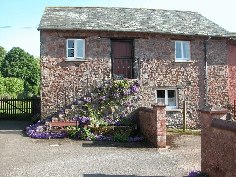 2 bedroom Semi Detached flat for rent in Crediton