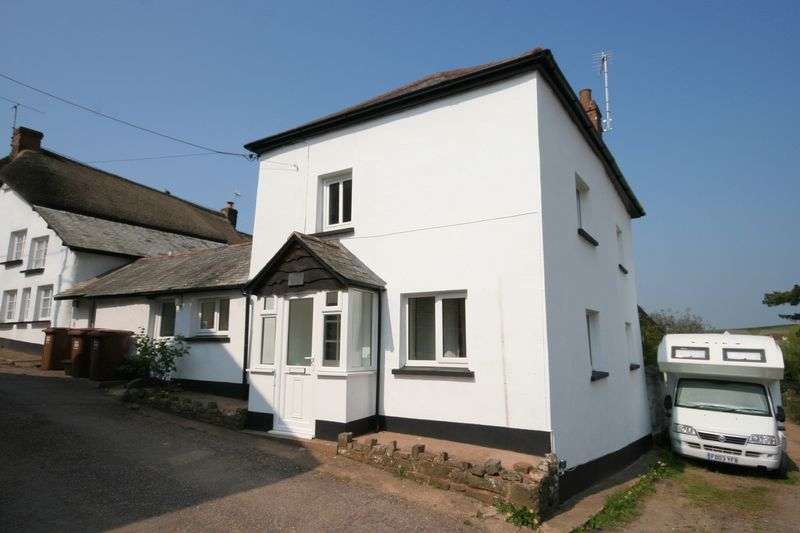2 bedroom End Terrace house for rent in Crediton
