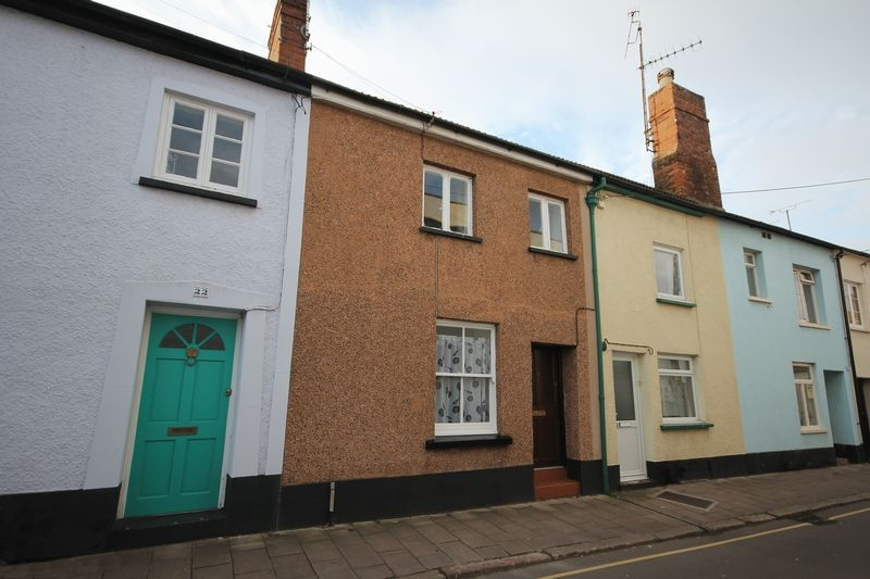 2 bedroom Terraced house for rent in Crediton
