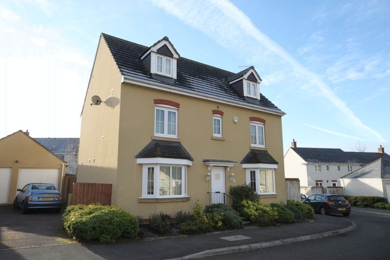1 bedroom Detached apartment / studio for rent in Crediton