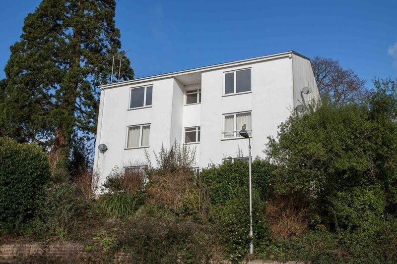 1 bedroom Upper Floor Flat flat for rent in Crediton