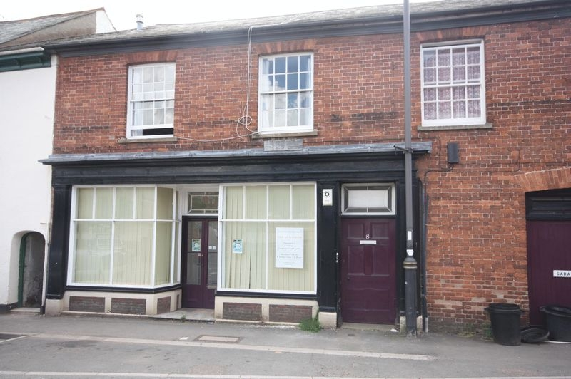 2 bedroom Terraced flat for rent in Crediton