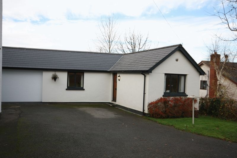1 bedroom Detached bungalow for rent in Crediton