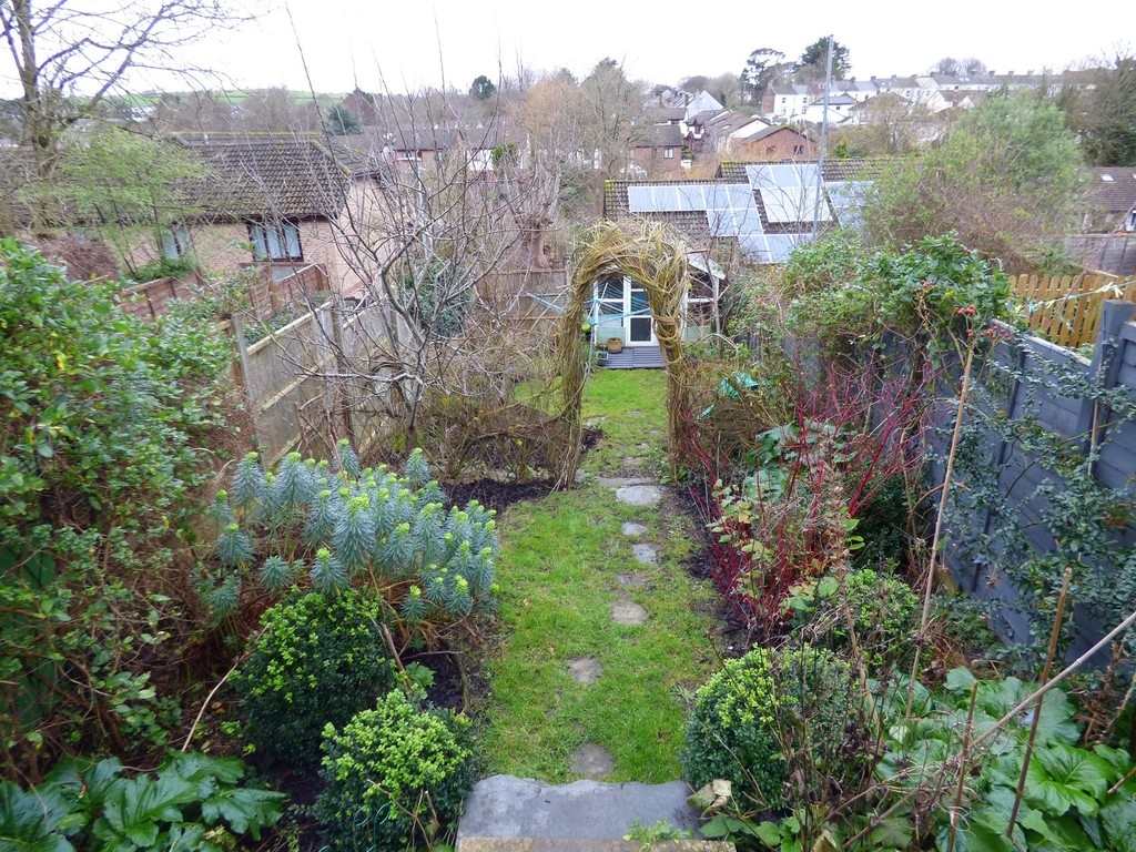 2 bedroom cottage for sale in Plymouth