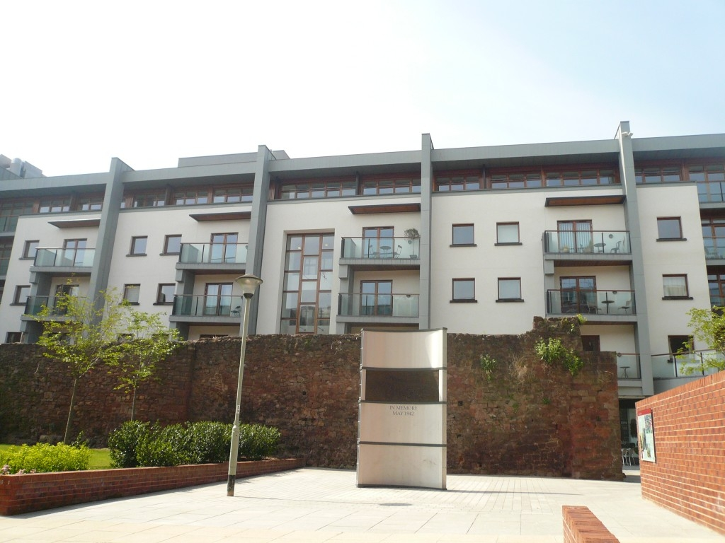 1 bedroom apartment for sale in Exeter