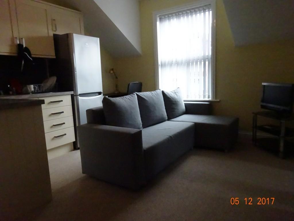 9 bedroom detached house for rent